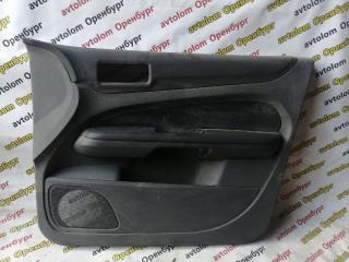 Обшивка двери передняя правая Ford Focus