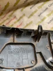 Запчасть заглушка обшивки багажника левая Toyota Corolla