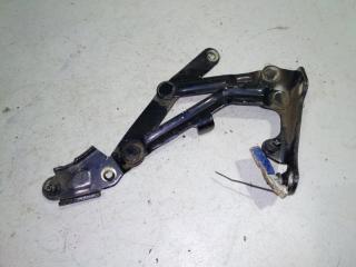 Запчасть петля крышки багажника левая Mitsubishi Lancer 10 2007-2011