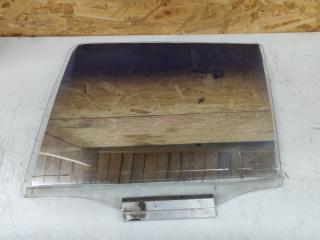Запчасть стекло двери задней левой Opel Kadett 1984-1992