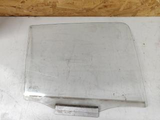 Запчасть стекло двери задней правой Opel Kadett 1984-1992