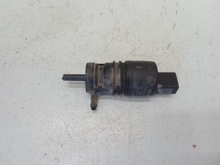 Запчасть насос омывателя Volkswagen Passat B6 2005-2010