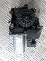 Запчасть мотор стеклоподъемника передний левый Audi A4 2000  - 2002
