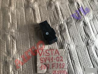 Кнопка аварийной сигнализации TOYOTA VISTA
