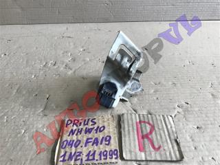 Крепление бампера переднее правое TOYOTA PRIUS 11.1999