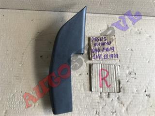 Накладка на дверь передняя правая TOYOTA PRIUS 11.1999