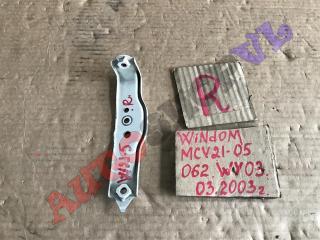 Крепление крыла переднее правое TOYOTA WINDOM 03.2000