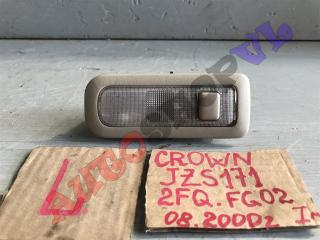 Запчасть плафон левый TOYOTA CROWN 08.2000