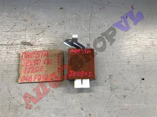 Блок управления стеклоочистителем TOYOTA CRESTA