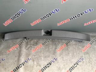 Накладка замка багажника TOYOTA VISTA ARDEO 04.2000 - AZV50 67935-32010-B0 контрактная