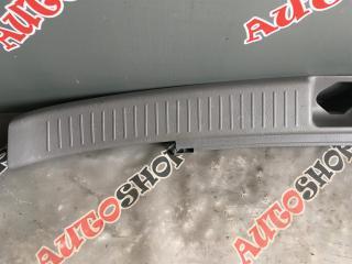 Накладка замка багажника VISTA ARDEO 04.2000 - AZV50