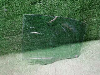 Стекло двери заднее левое Mercedes-Benz C-Class 2013