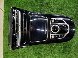 Центральная консоль Mercedes-Benz E-Class