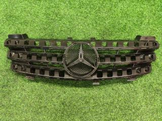 Решетка радиатора Mercedes-Benz M-Class
