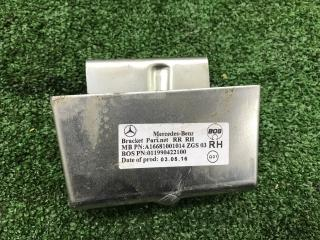 Запчасть кронштейн Mercedes-Benz GLE-Class