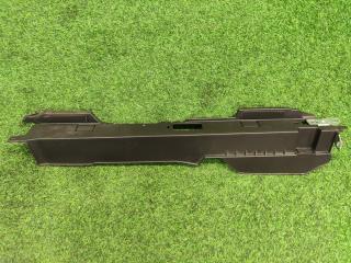 Накладка багажного отсека правая Mercedes-Benz M-Class