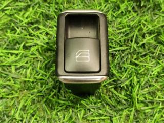 Запчасть кнопка стеклоподъемника Mercedes-Benz E-Class