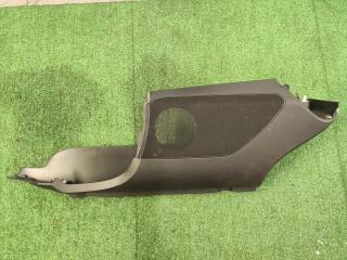 Обшивка багажника задняя левая Mercedes-Benz GLE-Class