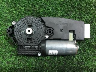 Мотор люка Mercedes-Benz S-Class
