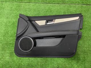 Обшивка двери передняя правая Mercedes-Benz C-Class