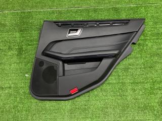 Обшивка двери задняя правая Mercedes-Benz E-Class