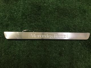 Накладка порога с подсветкой передняя правая Mercedes-Benz GLS-Class