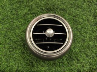 Дефлектор воздушный правый Mercedes-Benz C-Class