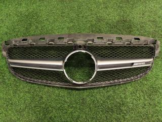 Решетка радиатора Mercedes-Benz C-Class