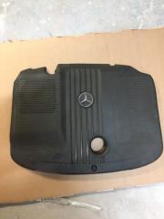 Крышка двигателя Mercedes-Benz C-Class 2013