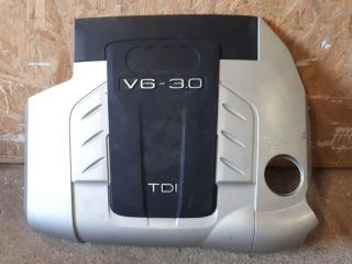 Крышка двигателя Audi Q7 2009