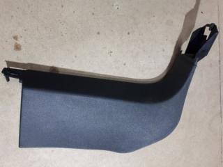 Обшивка стойки передняя правая Audi Q7 2010