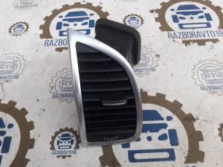 Воздушный дефлектор передний левый Audi Q7 2013