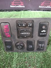 Блок кнопок Toyota Hilux Pick Up 2012