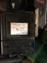 Блок электронный Nissan NP300 2013