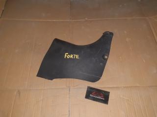 Накладка порога передняя правая Kia Forte 2009