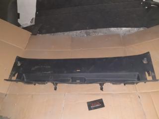 Накладка замка багажника Toyota Corolla 2008