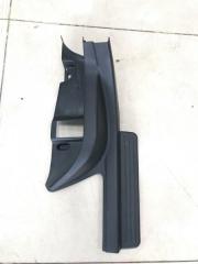 Накладка порога в салоне задняя левая SUBARU Impreza WRX STI 2003 - 2005