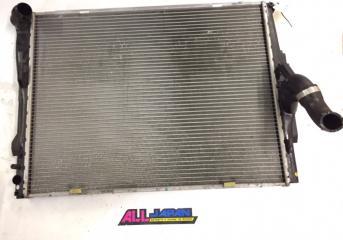 Радиатор охлаждения двигателя передний BMW 3-Series 2004 - 2008