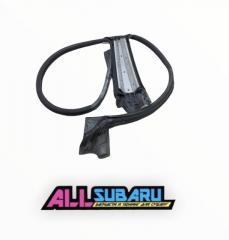 Молдинг левый SUBARU Impreza WRX STI 2003-2005