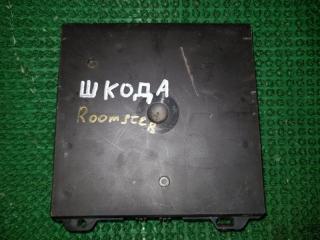 Запчасть блок управления Skoda Roomster 2006-2015
