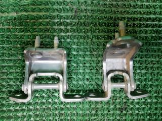 Запчасть петли дверей задние правые Honda Odyssey 1999-2003