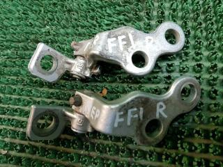 Запчасть петли дверей передние правые Ford Focus 1998-2007