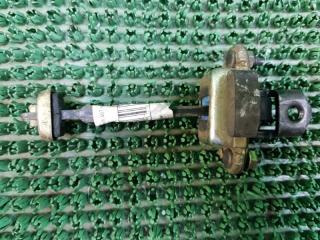 Запчасть ограничитель двери задний левый Peugeot 307 2000-2010