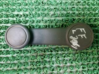 Запчасть ручка двери внутренняя задняя левая Ford Focus 1998-2007