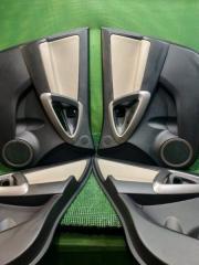 Обшивка двери комплект Toyota Rav4 30 2005-2010
