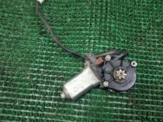 Запчасть моторчик стеклоподъемника передний правый Toyota Ipsum 1996-2001