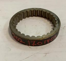 Втулка (сталь) ф76х88 L=15 внутрений зуб(28z) шестерни 5-й передачи промеж.вала МАЗ