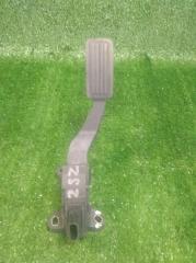 Педаль газа Toyota Yaris 2 2005-2011