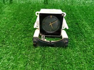 Часы Nissan Laurel