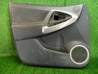 Обшивка двери передняя левая Toyota RAV4